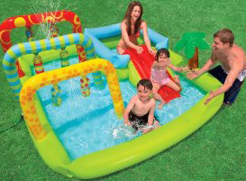 Kids swimming pools with slides small kids pools they 39 ll for Piscina hinchable bebe