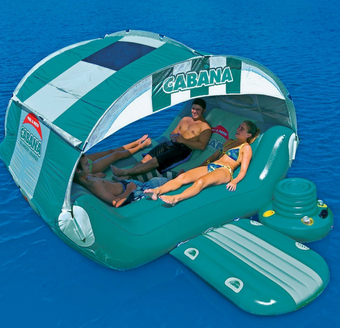 Lake Island water lounge with a canopy by Sportsstuff. Seating 4 adults with a lot of space. Also has an attached diving area and cooler. Fun days at the lake